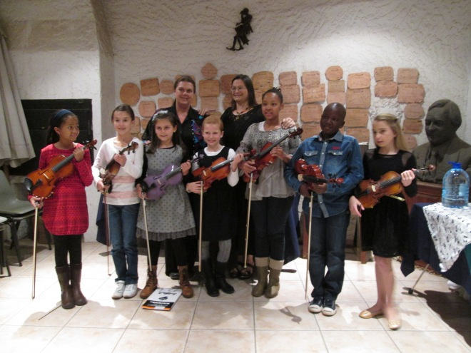 Violin Club in the Taurominium Foyer.
