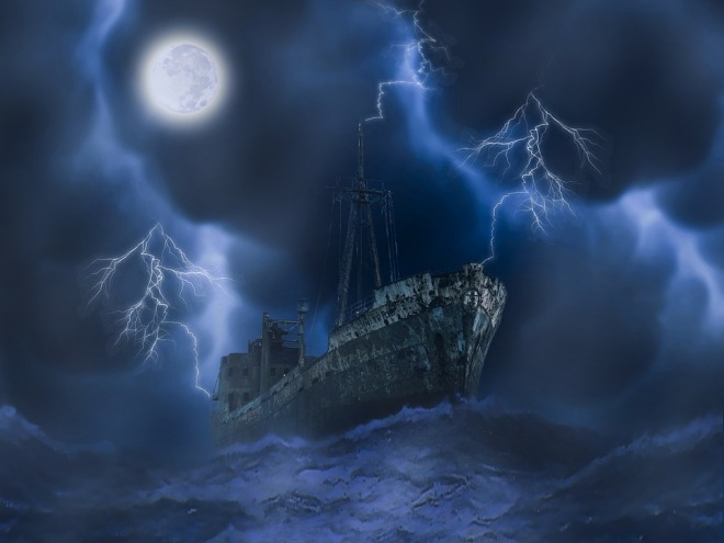 mysterous ship-1713299_960_720.jpg