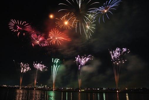 fireworks-74689__340
