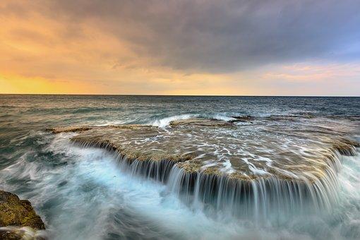 the-sea-3344531__340